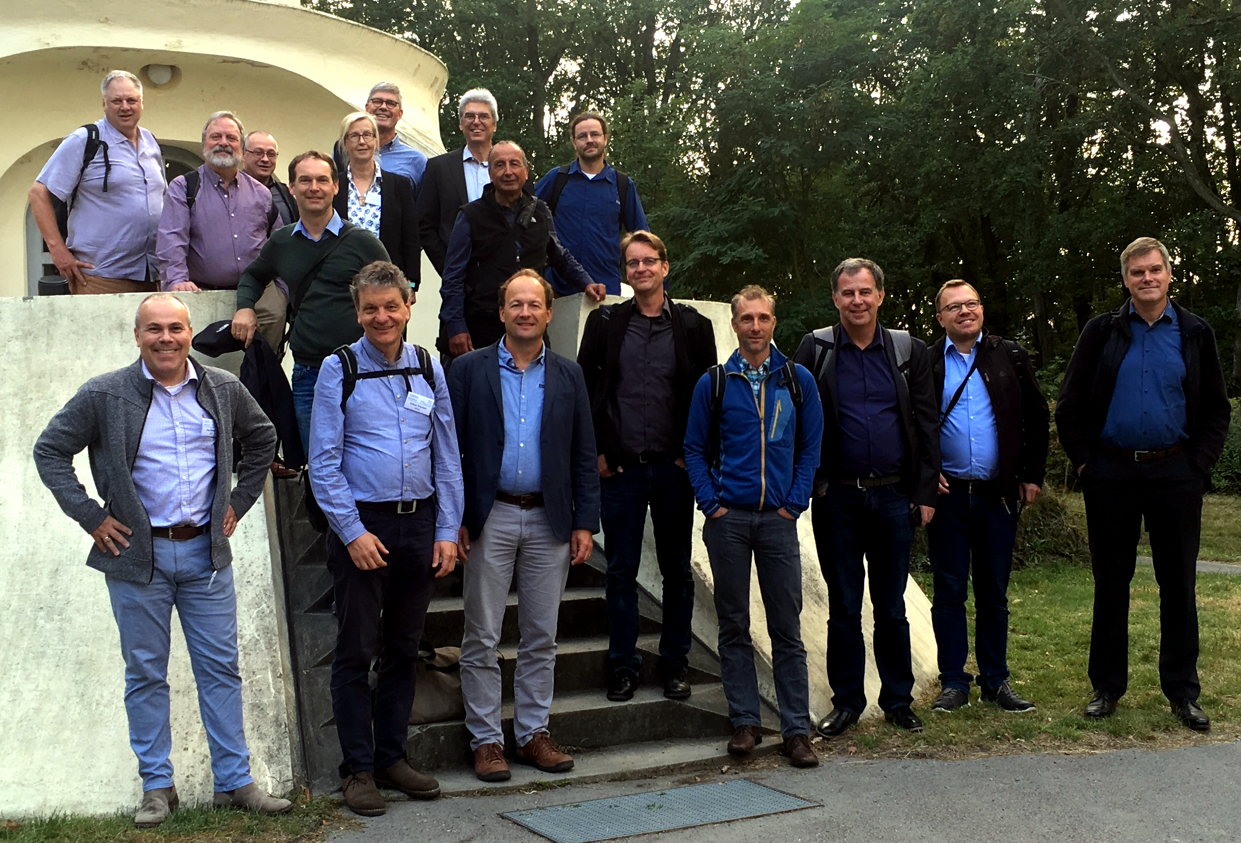 The Advisory Board and the Scientific Steering Committee  in front of the Einstein Tower (2019); in the back from left: Hank Loescher, Rick Hooper, Erik Borg, Alexander Knohl, Jaana Bäck, Thomas Pütz, Harry Vereecken, Dani Or, Martin Schrön; in front from left: Ingo Heinrich, Eckart Priesack, Harald Kunstmann, Heye Bogena, Ralf Kiese, Peter Dietrich, Matthias Mauder, Remko Uijenhoet